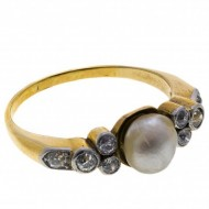 18ct Gold Art Deco Pearl and 8 Diamond Ring. Click for more information...