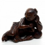 Japanese Ivory Netsuke. Click for more information...